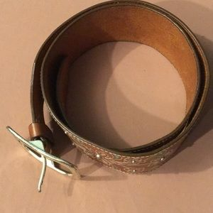 Wide leather belt with floral inlay size 42
